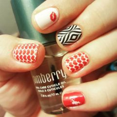 valentines-day-stamping-nailart