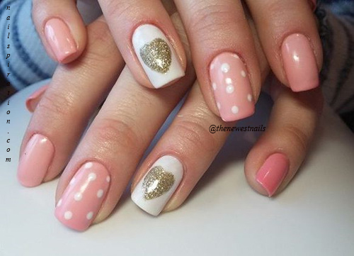 valentines-day-pink-nails-with-golden-hearts1