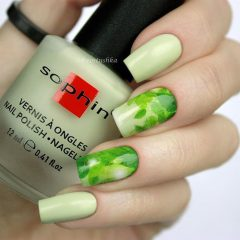 Light Green Nail Design with Leaves