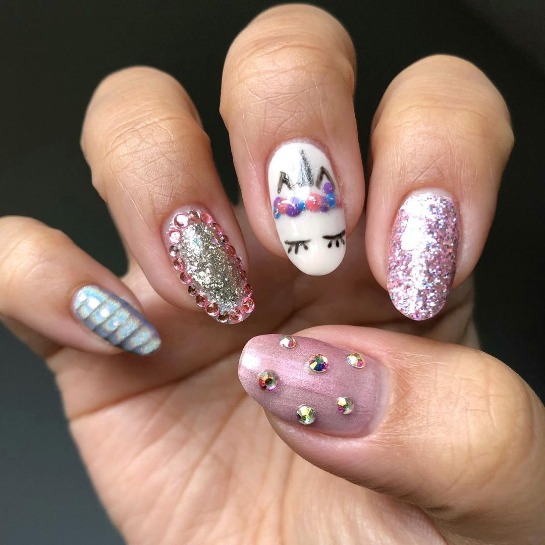 Trendy Unicorn Nail Designs