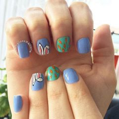 easter-nails-with-carrot