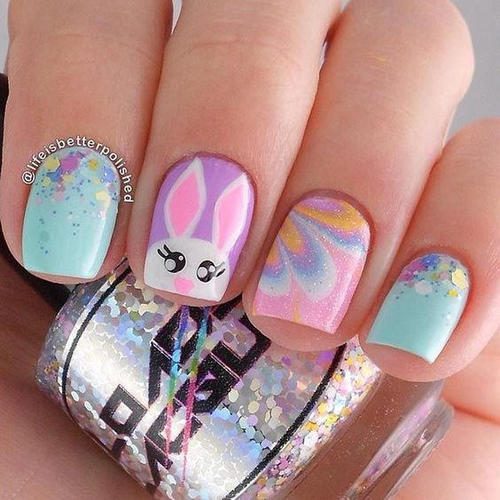 easter-water-marble-nails