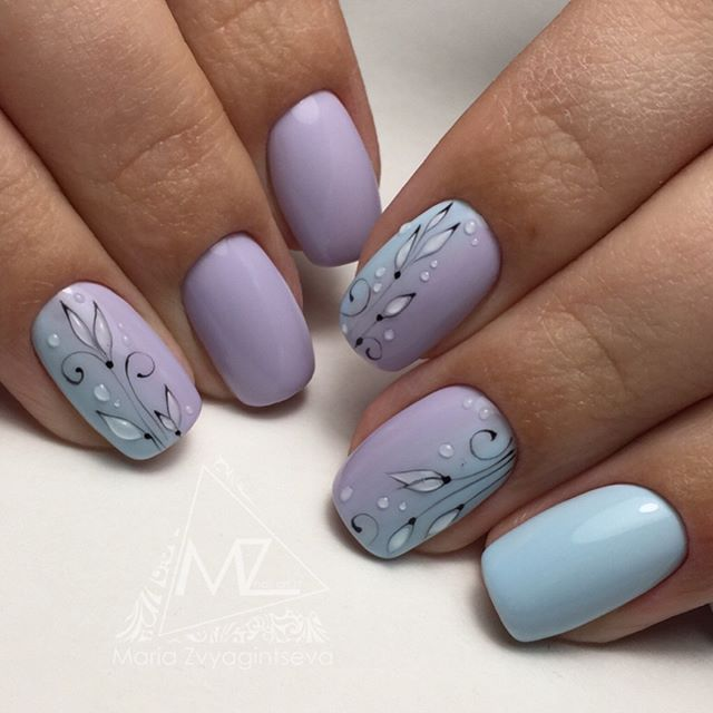 blue-easter-nail-with-water-drops