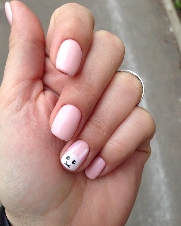 Easter-pink-nails-with-white-bunny