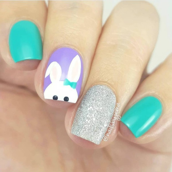 cute-nail-design-with-easter-rabbit