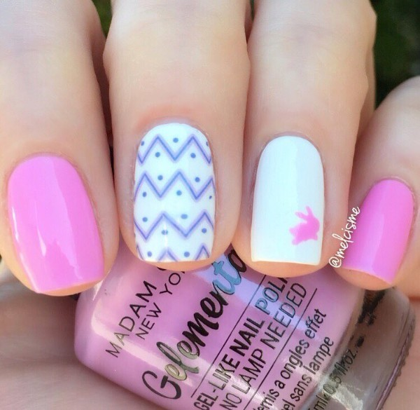 pink-and-white-nails-with-easter-rabbit