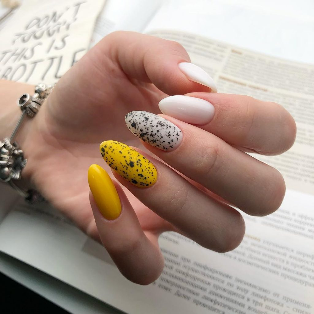 quail-eggs-nails