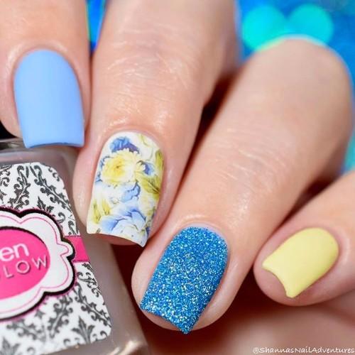 summer-flower-nail-design