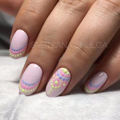 pastel-dots-nail-design