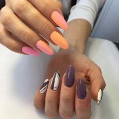 different-nail-designs-on-hands