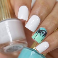 pretty-summer-beach-nails