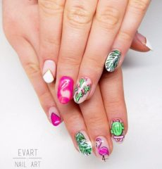 summer-flamingo-and-cactus-nails