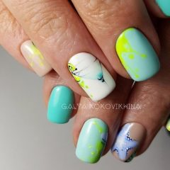 summer-vacation-sea-themed-nails