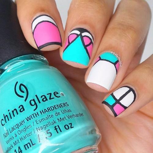 swim-suit-nail-design