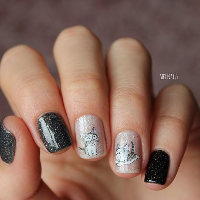gray and black nails with kittens