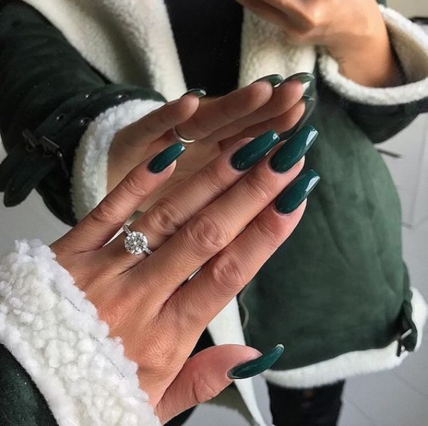 dark green sweater weather nails