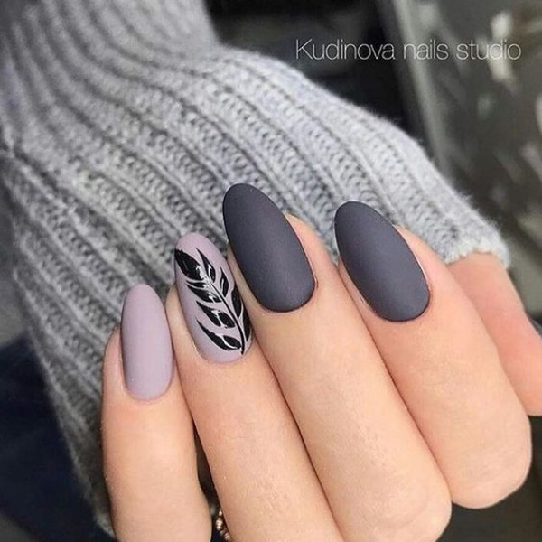 monochrome matte nails with black leaves