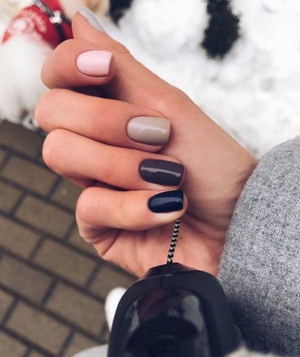 simple winter nail design