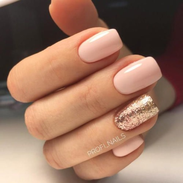 pastel pink nails with rose-gold glitter