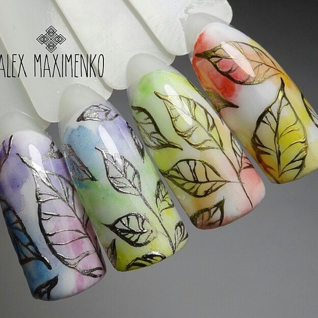 gold-and-silver-leaves-on-fall-nails-alex_maximenko_nails