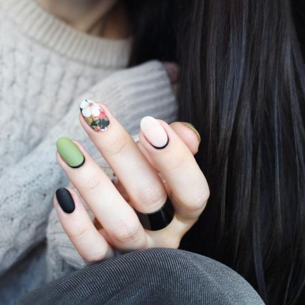 matte green nails with flower design