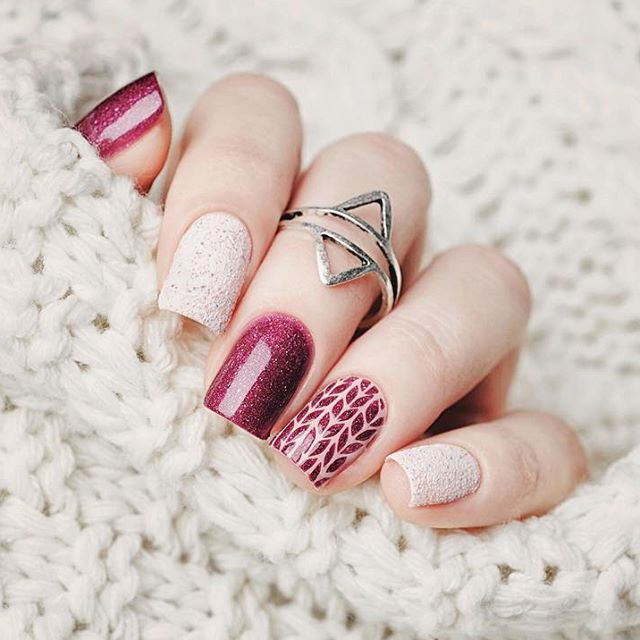 glitter wine red sweater nails