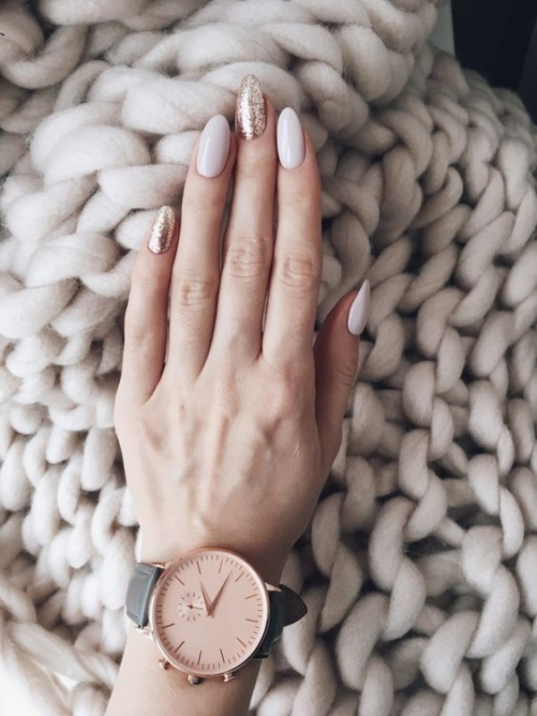 milk-white and gold glitter sweater weather nails