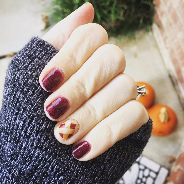 thanksgiving-inspired-pie-nails