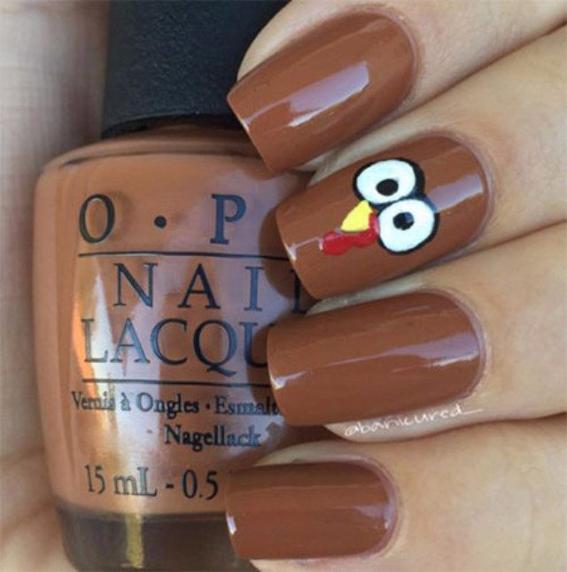 brown-thanksgiving-nails-art