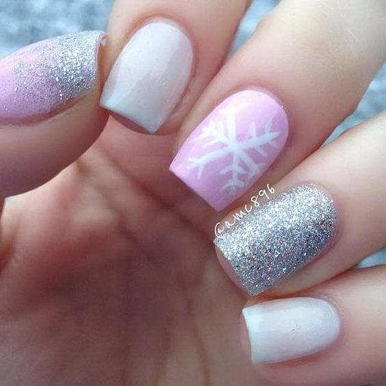 Silver glitter and pastel pink hygge nail design for winter