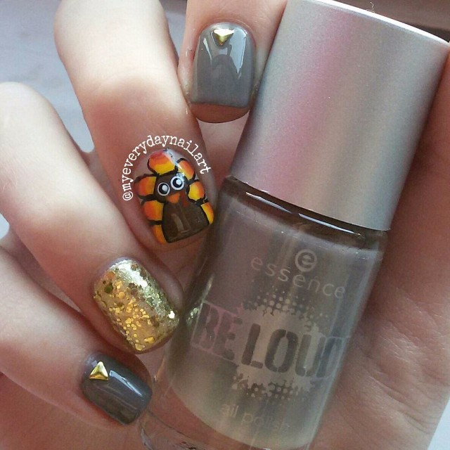 easy-thanksgiving-nail-art