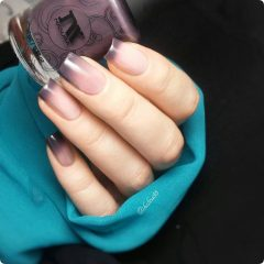 Hygge ombre nails
