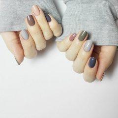 grey hygge nails
