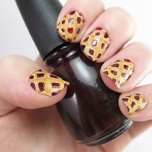 thanksgiving dinner pie nail design