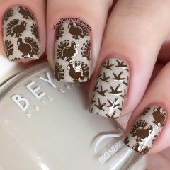 turkey foorprint nail design