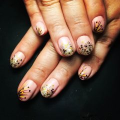 easy and cute nails for Thanksgiving
