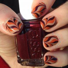 easy-thanksgiving-nails-marble-design