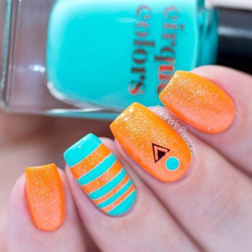 blue-and-orange-nails-tribal-for-coachella-festival