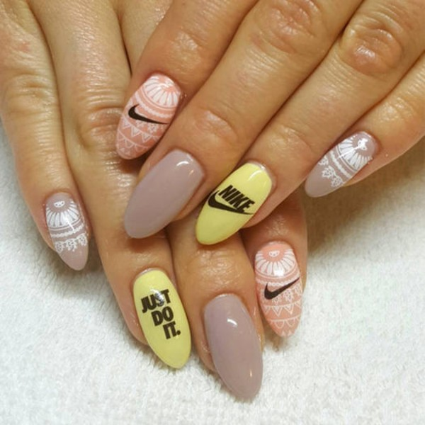 boho-nike-nails