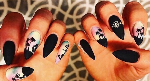 coachella-vibes-on-nails