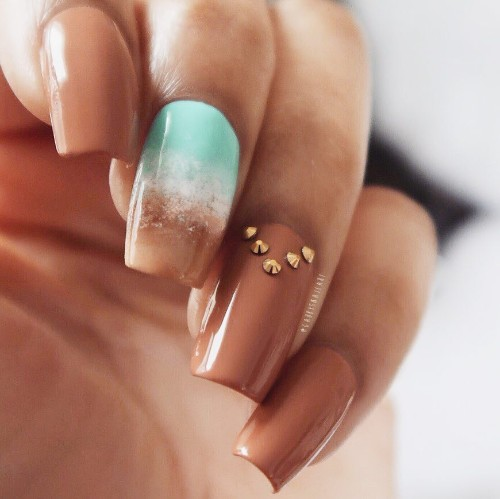 desert-sandy-beach-nail-design-for-coachella