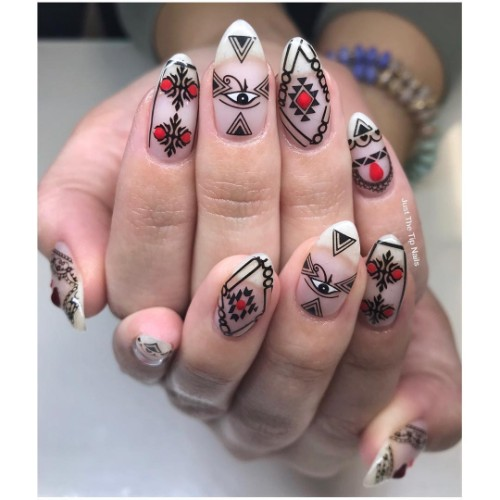 ethnic-nail-design-for-music-festivals-coachella