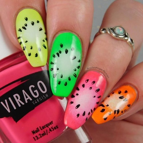 fruity-nails-for-coachella