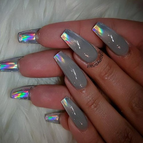 holo-nails-for-coachella