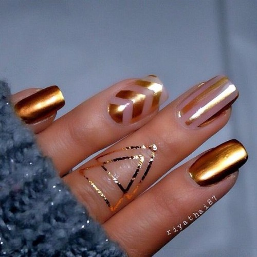metallic-gold-nail-art-with-chevrons-for-coachella