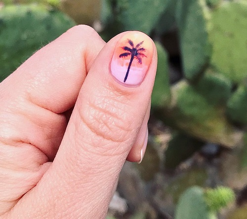 one-accent-coachella-nail-with-palm-tree