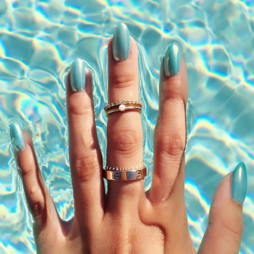 simplest-blue-water-nails-for-coachella