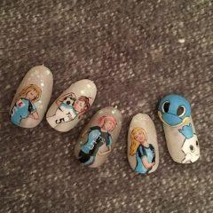 womens-football-nails