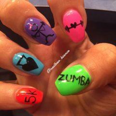 workout-nails-lifting-dumbbells-zumba