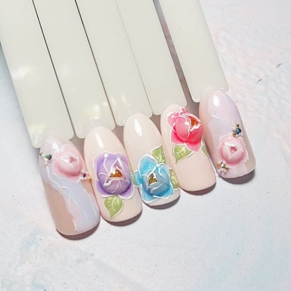 2D candy ball nails